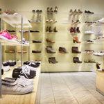 「靴選び」より、『靴屋選び』が大切なワケ。
