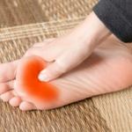 中足骨骨頭痛 足指の付け根が痛い